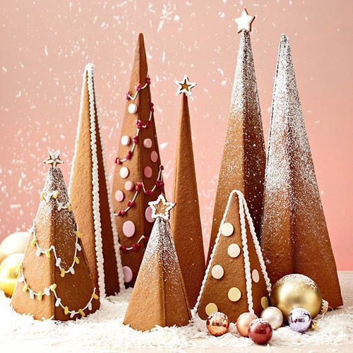 How adorable are these 3-D Gingerbread Trees from our December issue?