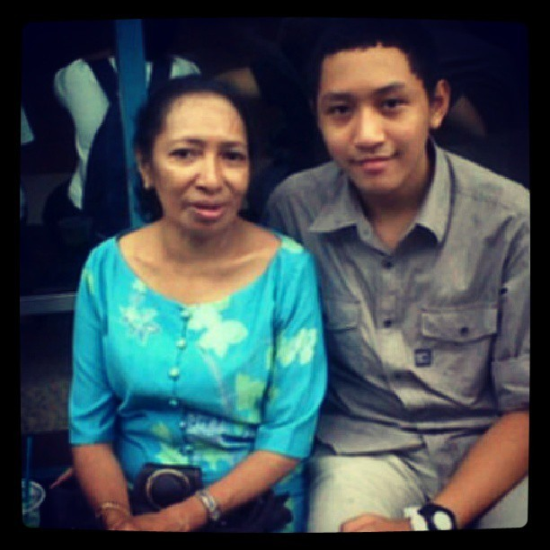 With my late grandma :') #family #grandma #me #papilaya #reminisce #nostalgia #photooftheday #instapic #instagood #instalove #instadailly