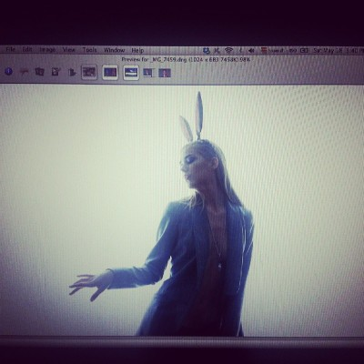 Revisando el material de ayer. #ricardourroz #photoshoot #editorial