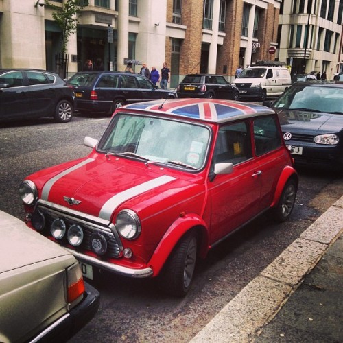 finnharries:  How awesome is this car!? #iwantone