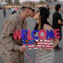 duuckydc:  MY BABY IS HOME! #boyfriend #military #deployment #marines #marinecorps #usmc #15thmeu #milso #ldr #welcomehome #militarylove #marinegf #cammies #sign #homecoming #flag #love #camppendleton #reunion #reuinited #distance #couple #militarycouple (at San Mateo, Camp Pendleton North)