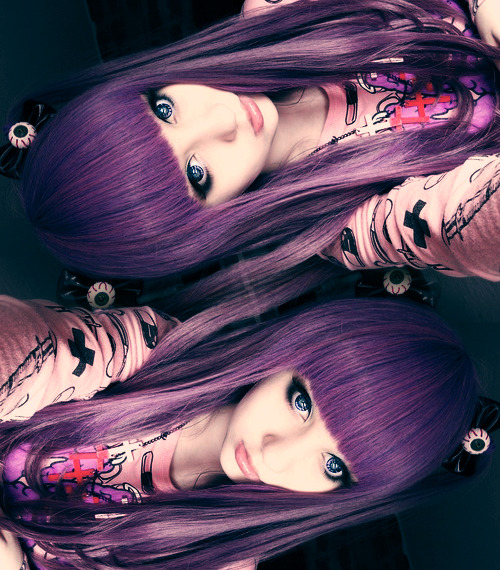 sora-candy-skelleton:  pastelgothstyles:  The beautiful :3 http://mashyumaro.tumblr.com/  ☯   Kawaiii  ✝