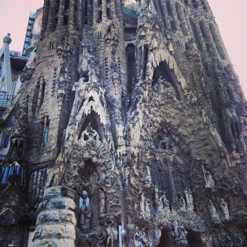 Creepy church with @okatieb @susieaccove  (at la sagrada familia)