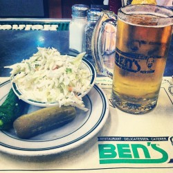 That kinda day #bens #nyc #lunch #stella #pickles #thursday #soloyolo (at Ben's Kosher Delicatessen)