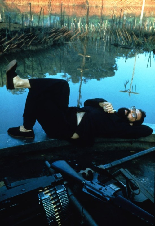 soundsightmind:  Behind the scenes photo of Francis Ford Coppola from Apocalypse Now.