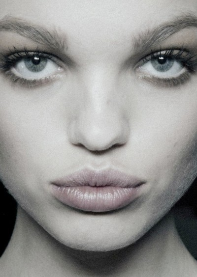 pradaphne:  Daphne Groeneveld backstage at Dsquared² Fall/Winter 2013.