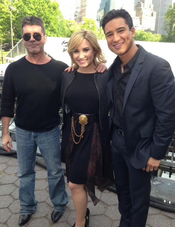 Simon Cowell - With my @TheXFactorUSA team! The man @SimonCowell and the beautiful & talented @DDLov