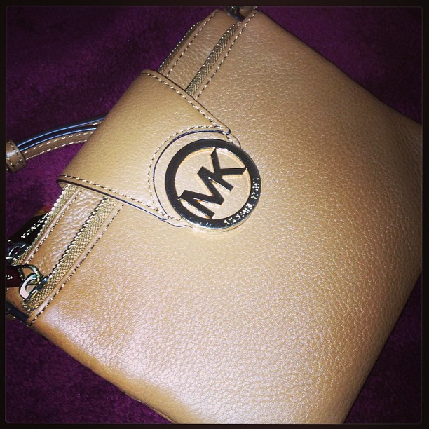 Michael Kors purse? Why yes I am in the mood to spoil myself. I caved @lisaganie !!