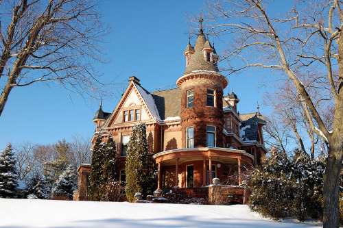 highvictoriana:  Henderson Castle Bed and Breakfast by CliffMuller.