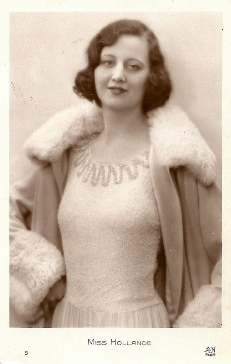 Miss Europe 1930 candidate: Rie van der Rest (by Truus, Bob & Jan too!)