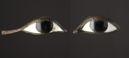 mariadahvanaheadley:  I SEE YOU FOREVER & FOREVER- Ancient Egyptian Eye Inlays,  Bronze, Obsidian, Limestone. 1550BC-1070BC. Lifesize inlays for a funerary mask. The pupils are polished obsidian to reflect the world left behind. Typically, this type of eye - as in, not painted, but made of stones - would be found in a mask made of gold. Decorating the dead.