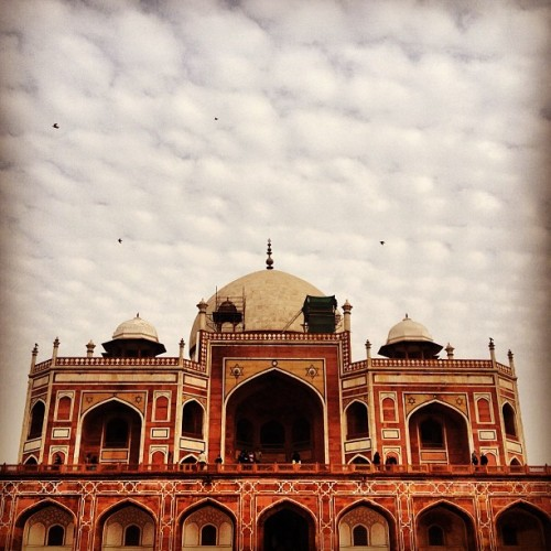 Humayun's Tomb - a monument that predates the Taj Mahal and exemplifies the scale of architecture from almost 500 years ago. #india #travel #delhi #instaoftheday #picoftheday #instafun #photooftheday #igers #iphoneography