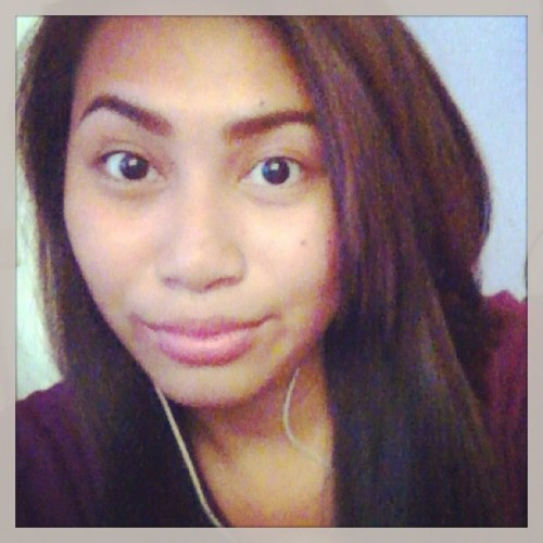 Lookin' bored here 😐😕 #brunette #pinay #roundeyes #sunburn #summer2013 #igers #instagood #instamood  (at Home Sweet Home)
