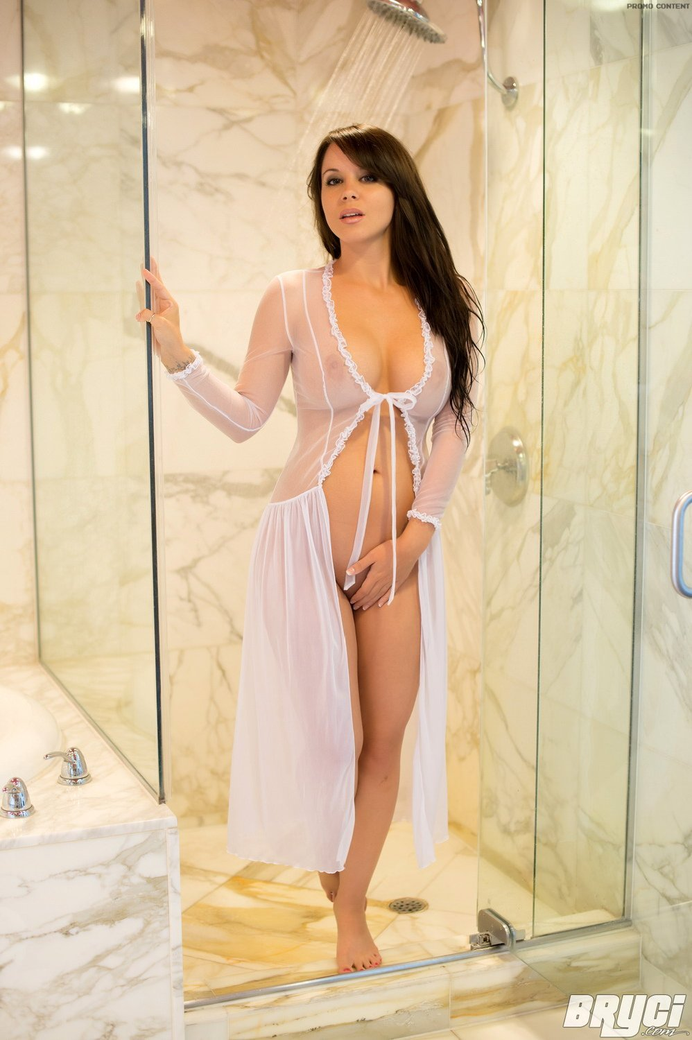 micwild:  Bryci  Come and take a shower with me