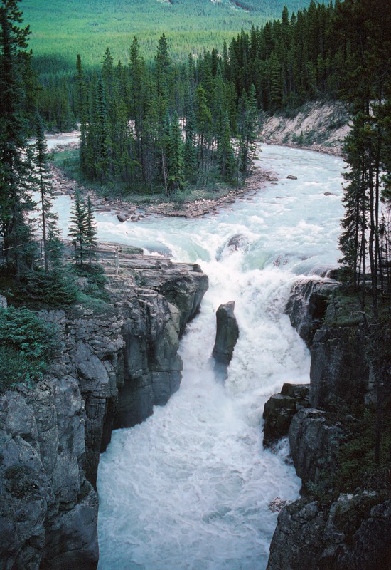 just-breezy:  Jasper NP by Rolf