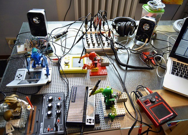 thecreatorsproject:  Watch a band of robotic legos jam together for the first time.