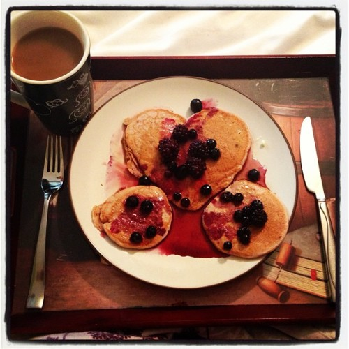 Breakfast in bed :-) #mothersday #pancakes #heart #thatsapaddlin'