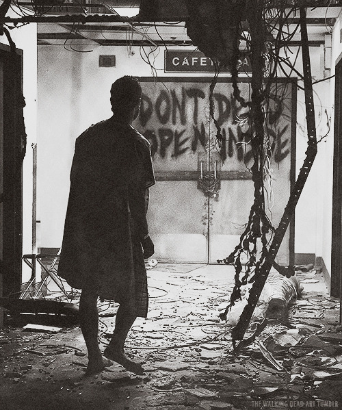 the-walking-dead-art:  DONT OPEN DEAD INSIDE