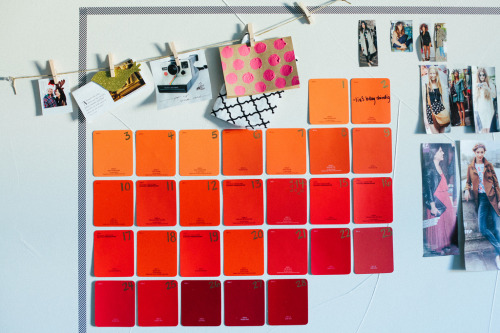 DIY: february 2013 paint chip calendar. (by contradictionofsorts)