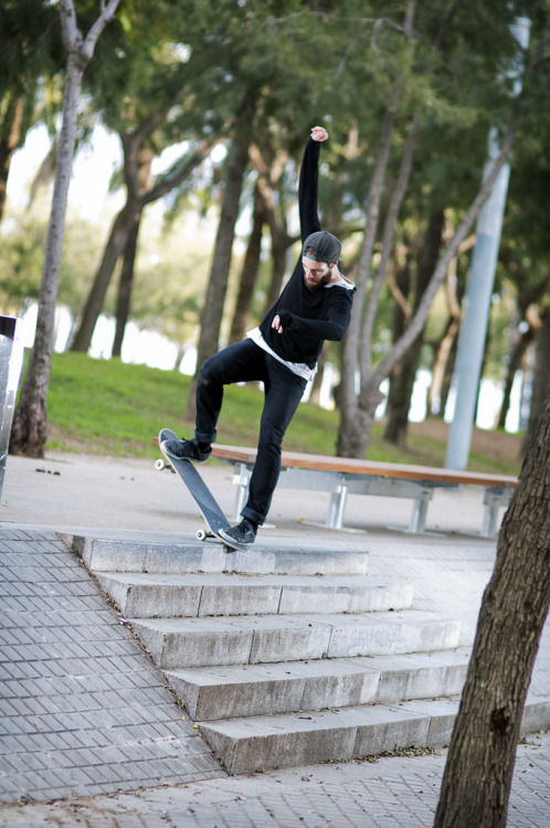 blindjohnny:  Jason Lewer - Fs Noseblunt