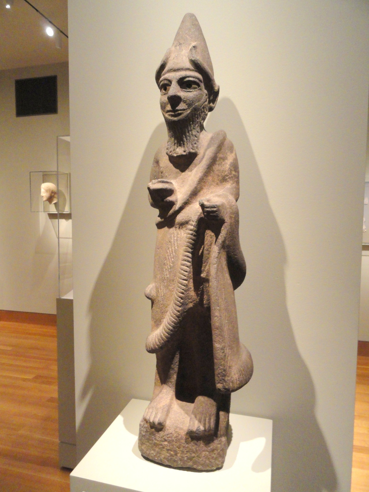 Priest-King or Diety, about 1600 BC, Hittite, North Syria, basalt with bone eyes. Courtesy & currently located at the Cleveland Museum of Art, Ohio, USA. Photo taken by Daderot