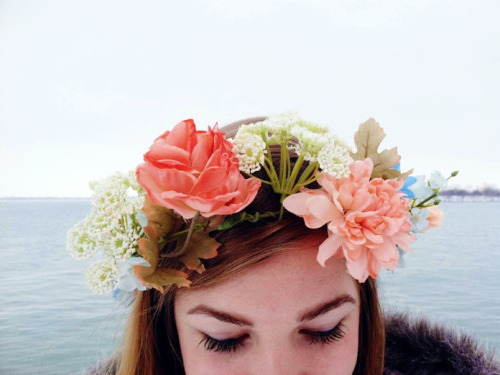 absolutjessy:  flowercrownprincess