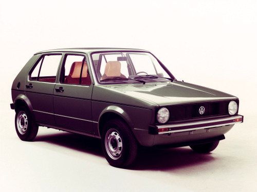 mesmomeugenero:  VW Golf