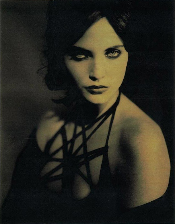 bohemea:  Nadja Auermann by Paolo Roversi, 1991