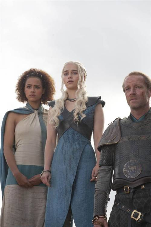 "primrosesandrues16:  Game of Thrones 3x04 "" And Now His Watch has Ended"" (x)"