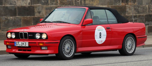 Never forgotten Starring: '91 BMW M3 (by cougarcas)