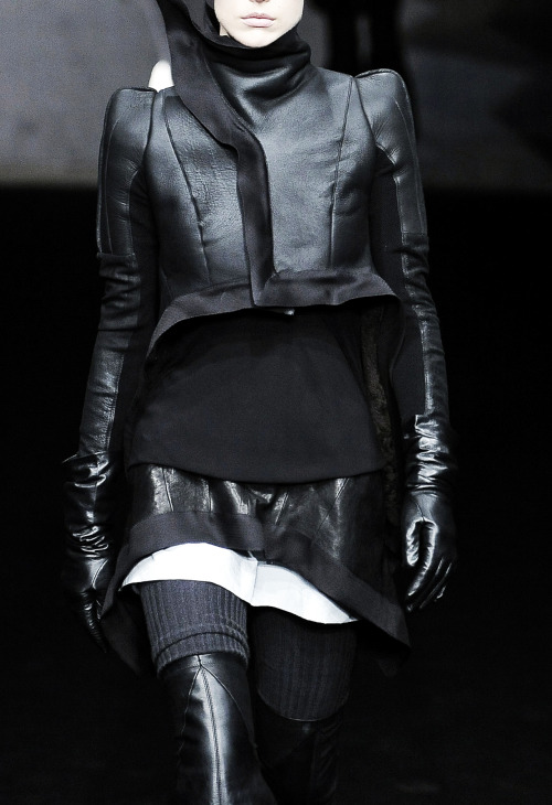 edge-to-edge:  Rick Owens - Fall Winter 2009/2010