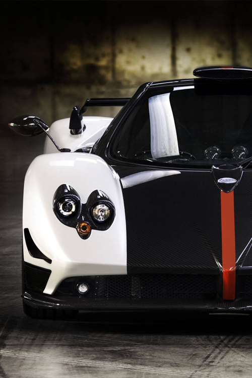 billionaired:  Zonda [via]
