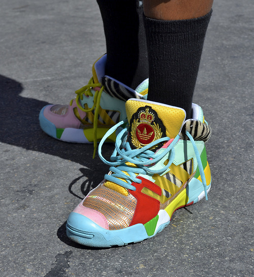 oneblockdown:  The wild Jeremy Scott-designed JS Streetball is back this springfor buy this click here giada tinelli