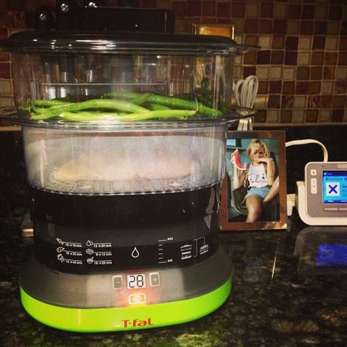 Best $40 I've spent on Amazon yet! <3 my #steamer #eatingclean #trainingmean #food