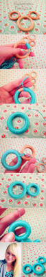 dulceetdecorus:  Necklace With Wooden Rings - DIY - Fashion Diva Design
