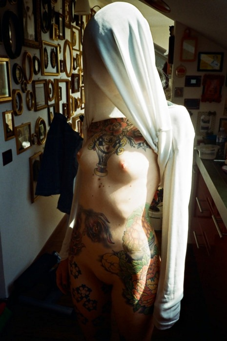 ilove-piercings-and-tattoos:  http://ilove-piercings-and-tattoos.tumblr.com/