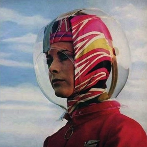 Bouffant-preservation helmet for Pucci-sponsored flight attendants in 1965. Source.