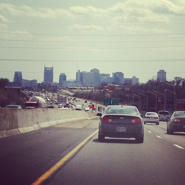bradwannemacher:  I'm home =) and it's 80 degrees!!!! #Nashville