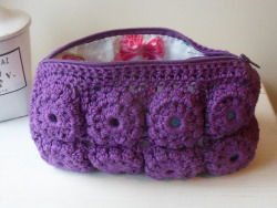 Pochette Sarah on Flickr.Purple