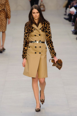 Burberry Prorsum: London Fall 2013