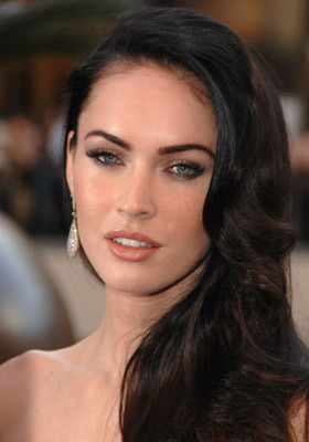 ti5o5o followed Megan Fox on MovieLaLa