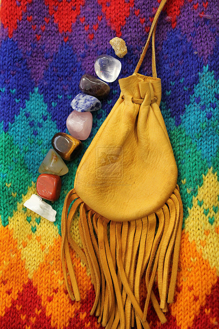 cosmiclunarvibes:  Bag of Healing