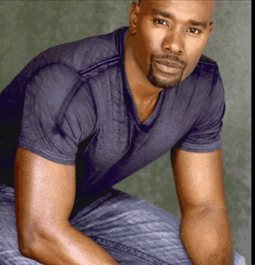 Unrelated topic. I've seen about three movies this week with Morris chestnut unintentionally and this has been the only time in my life I have been Insecure