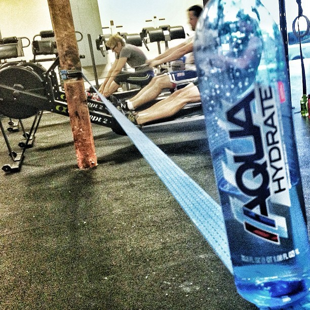 Conditioning class this am, w/ @aquahydrate from slack line… Hey! Erg: 500m on 2:00 rest s/r starts at 24, increase x 2 (24, 26, 28…) each 500 until you fall off.