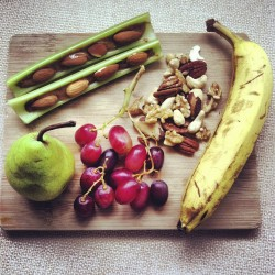 laurentelford1996:  Post-yoga natural raw lunch board after a horrible morning of chemistry practical exams 👌🍃