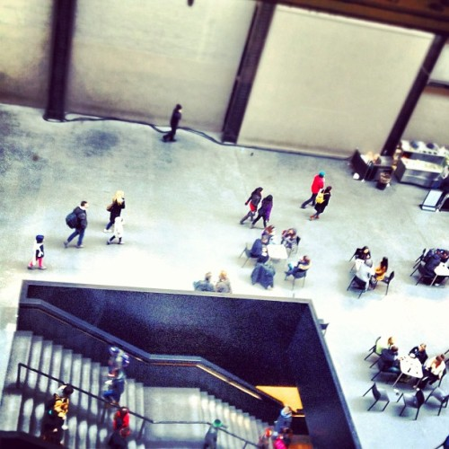 View above from @Tate #TurbineHall #tiltshift #tinypeople #perspective #tatemodern #randomtypography #london #tate   (at Turbine Hall)