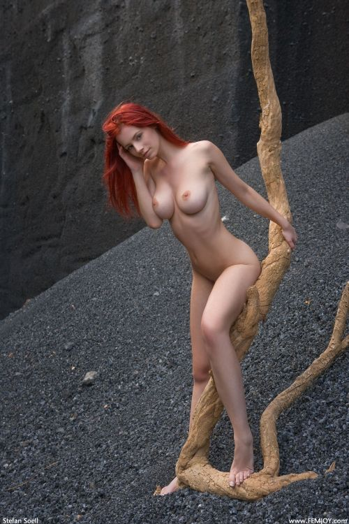 figureuncovered:  Ariel Photo courtesy of Femjoy