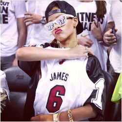 miamiheatstroke:  Rihanna at Game 1. (Via)