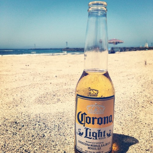loving life #california #beach #corona #mexicanbeer #socal #chillin (at Silver Strand Beach)