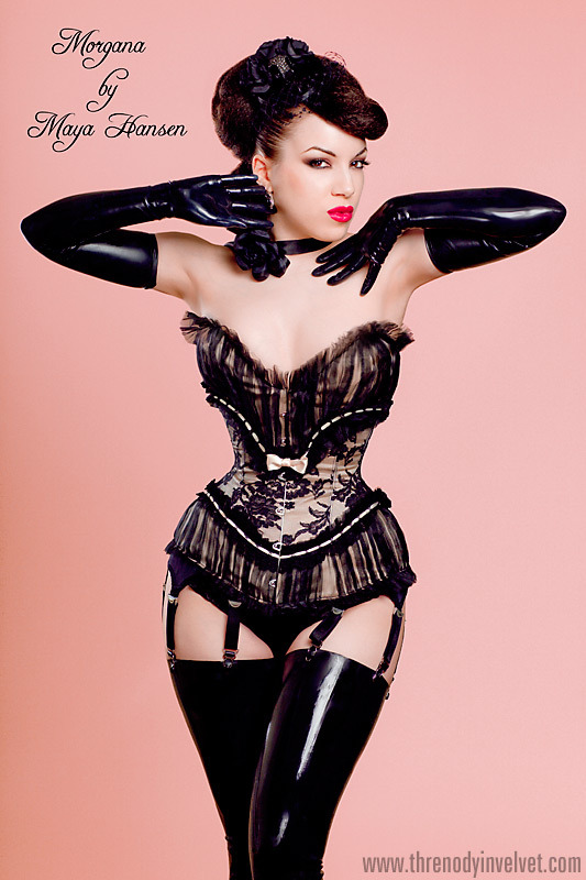 Im gonna take a pic like this!   shapingcontours:  Maya Hansen Custom Corset by ladymorgana.devia… (via Pinterest)